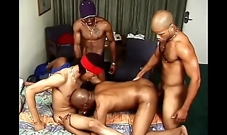 Hardcore gay fuck orgy with loads of sucking and fucking